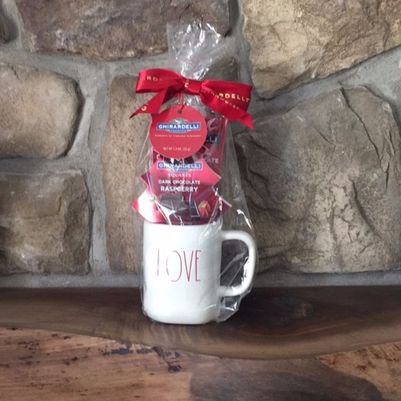 Rae Dunn LOVE Mug | American Exclusive